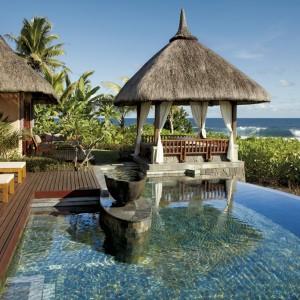 SHM_Two-Bedroom-Villa_Pool-Terrace_HR2RGB