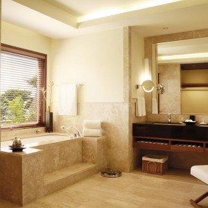 SHM_Junior-Suite_Bathroom_RGB