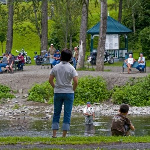 Pêcheur de saumon-parc des Fourches-Causapscal © Le Québec maritime-Marc Loiselle