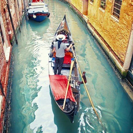 VENISE ITALIE Gondole –  Copyright  Veronika Galkina