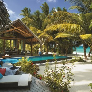 Beach Villa – private pool and beach