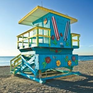 Miami-Beach-Blue-Lifeguard-Stand-Angle