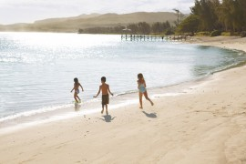SHM_Beach_Kids-on-Shore_RGB