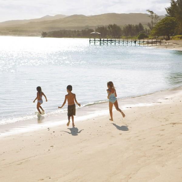 SHM_Beach_Kids-on-Shore_RGB