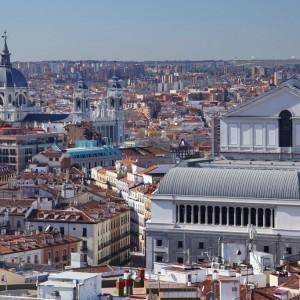 2801667-Teatro Real y alrededores ©Instituto de Turismo de España – TURESPAÑA