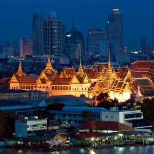 BANGKOK Grand Palace shutterstock_86604334  Copyright  worradirek