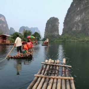 CHINE  Riviere Hulong  Copyright  Craig Hanson