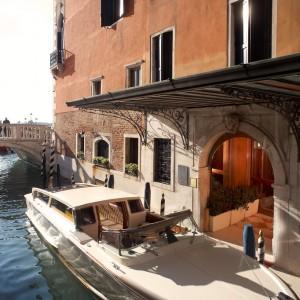 Danieli—Private-Water-Entrance