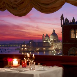 Danieli—Restaurant-Terrazza-Danieli—Intimate-Dining