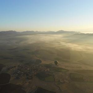 Survol Atlas montgolfiere
